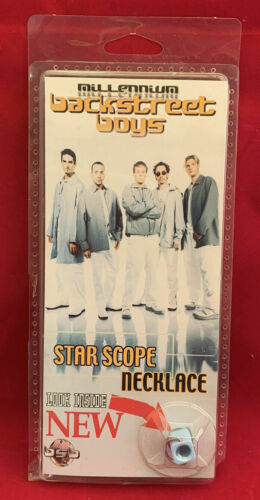 RARE NEW IN PACKAGE ©2000 MILLENNIUM BACKSTREET BOYS STAR SCOPE NECKLACE