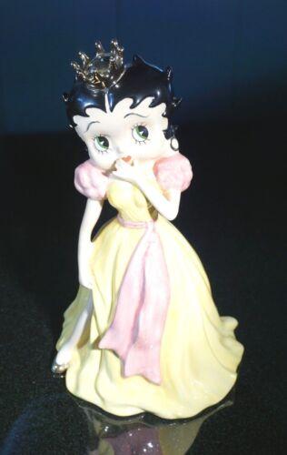A Beautiful Wade Betty Boop Yellow Dress Pink Sash Princess 1 /500