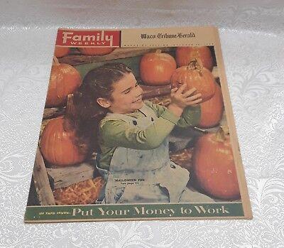 1956 FAMILY WEEKLY NEWSPAPER INSERT MAGAZINE - WACO TRIB - HALLOWEEN FUN (Family Fun Magazine Halloween)