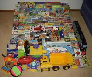 BULK LOT 150+ ITEMS - TOYS, BOOKS, CD-ROMS, PUZZLES, SPORTING EQ Aspendale Gardens Kingston Area Preview