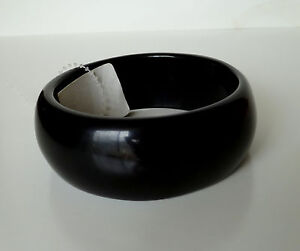 Small to Medium Wrist Slim Style Lucite Plastic Bangle Bracelets