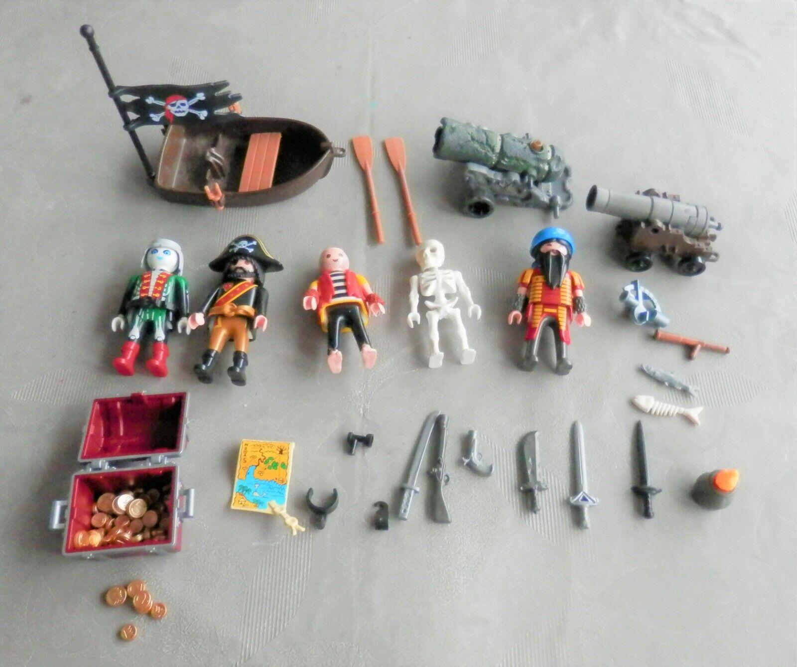 Playmobil, lot de pirates, trésor, canon, barque, armes, squelette, zombie