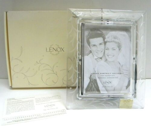 Lenox OPAL INNOCENCE Handcut 5x7 Full Lead Crystal Clear Photo Frame (in Box)