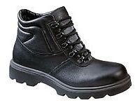 NEW !!!! Arco 375 Chukka Safety Boot Black size Uk 8 Eur 42
