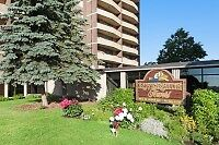 SPECIAL Large 1 Bedroom Suites! Panoramic Views! Hydro Included