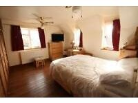 Huge double ensuite in large house share - full sky package, superfast broadband, cleaner, parking