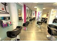 6 CHAIR TO RENT FOR HAIR STYLIST AND HAIRDRESSER AND BARBER - BY DUDLEY TOWN CENTRE CHEAP