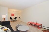 Exceptional 3 bed! In-suite, gym, new flooring! Must see!