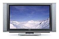 "Hitachi 42PD7200 42"" Plasma TV with motorised swivel base (In Working Order)"