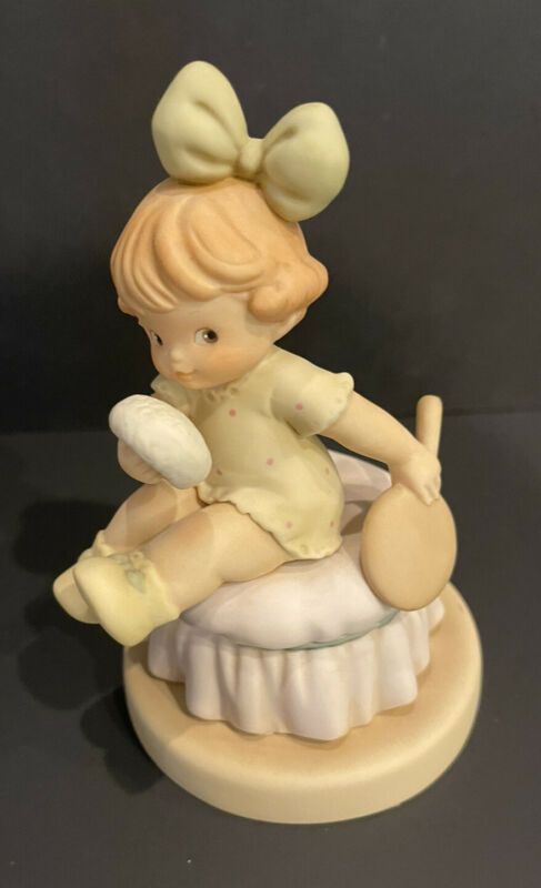Enesco Memories of Yesterday Taking After Mother Figurine #525731 Lucie Attwell