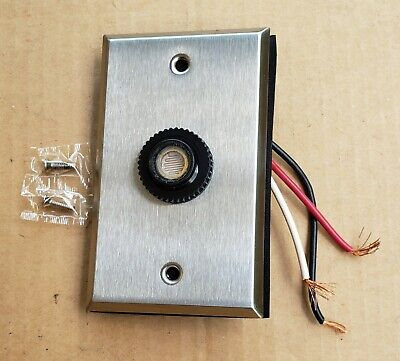 A-105 Precision Photoelectric Control 120v 1000w 8.3a