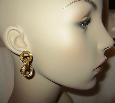 MMA Museum Dangle Link Earrings Antique Gold Tone Dimensional Pierced --Superb!