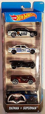 New In Package  Mattel Hot Wheels 5 Pack BATMAN Vs. SUPERMAN Diecast Cars 1:64