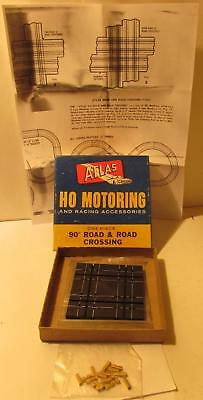 Atlas HO Road & Road Crossing for Slotcars #1244, Unused With Box and Joiners