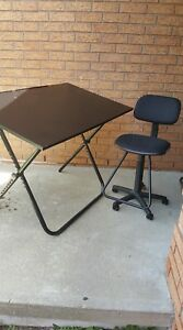 Craft table and chair