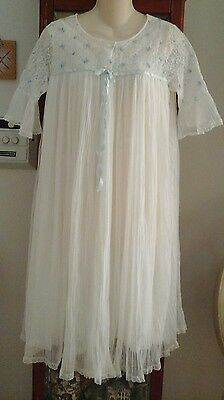 Vtg White Blue Miss Elaine Sheer Peignoir Robe Nightgown Negligee SET Ice Pleats