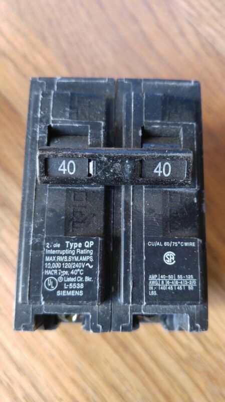 Siemens Q240 Circuit Breakers 2 Pole 40A 120/240V Type QP