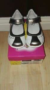 Girls Norvic Shoes Uk 10 BNWB White
