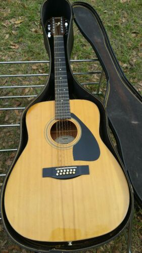 Yamaha 12 String Acoustic Guitar And Case Nice