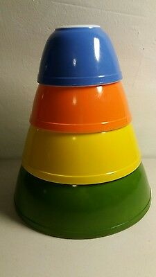 RARE Vintage PYREX GLASS Nesting MIXING BOWL SET Orange Yellow Green Blue Colors