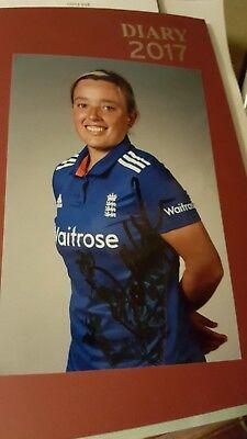 England Ladies Cricketer Danielle  Hazells Hand Signed Autograph