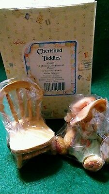Cherished Teddies - A Mother's Love Bears All Things - 624861