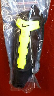 Nike Charge Soccer Shin Guard, Black/Volt XS