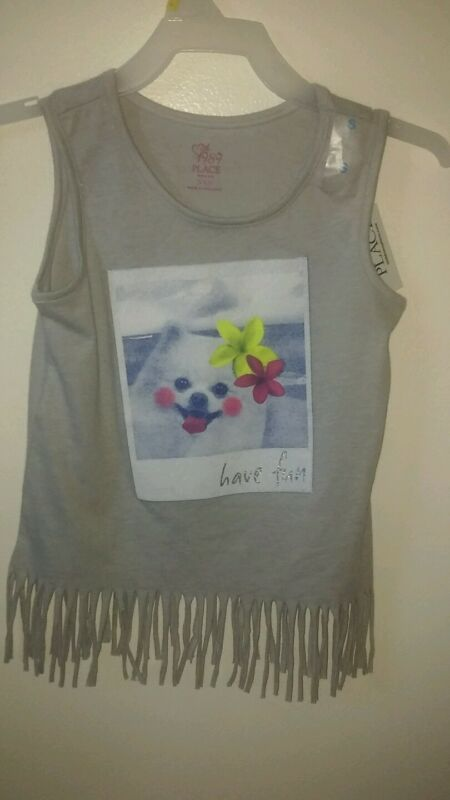 CHILDRENS PLACE BRAND GIRLS GRAY FRINGED SHIRT HAS A DOG ON THE FRONT SIZE SMALL
