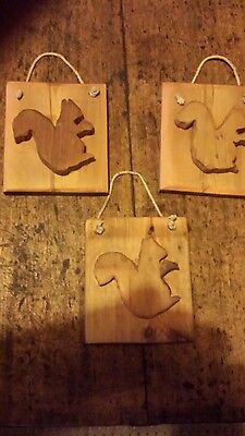 Antique reclaimed pine  plaque over 100 year old --3 x squirrels  - chic