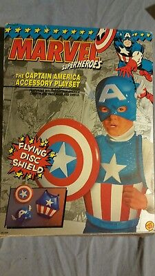 Captain America Accessory Playset MARVEL Super Heroes Toy Biz dress up roleplay^](Super Heroes Dress Up)