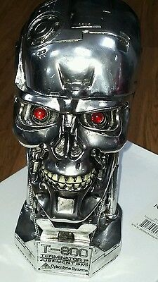 T-800 Terminator 2 tall head box silver skull Movie Collectable Official