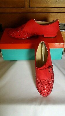 Must See  Rara Avis  Jeweled Red Oxford With Gold Buckle  Size 8W  New