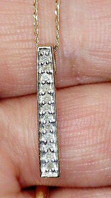 UK HALLMARKED 9CT YELLOW GOLD DIAMOND SET BAR PENDANT & CHAIN