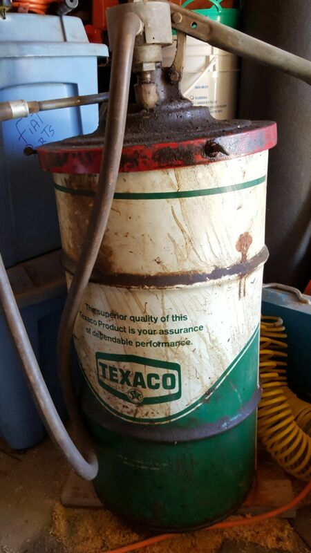 Vintage Texaco Oil Grease Drum Barrel with lid
