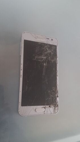 Samsung Galaxy A3 2015 - DECENT CONDITION - CRACKED - FAULTY - FOR PARTS ONLY