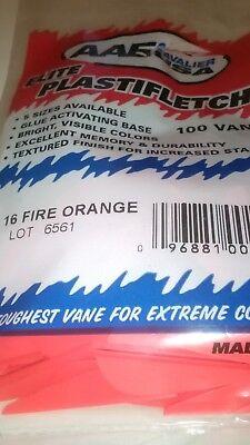 AAE EP16 Kunststoff Federn Fire Orange 12 Stück