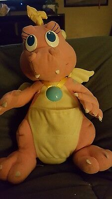 """1999 Playskool Dragon Tales Talking Light Up Cassie Plush 11"""" Works"""
