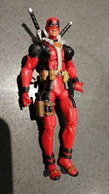 """Marvel Universe Legends Deadpool 3.75"""" scale Figure partly unmasked variant"""