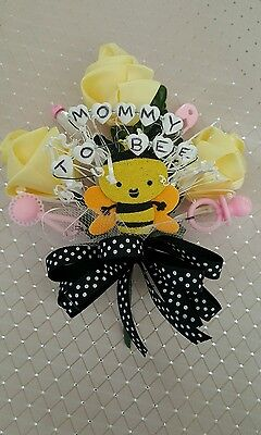 Baby shower MOMMY TO BEE bumble bee corsage boy girl pink or blue  - Mommy To Bee