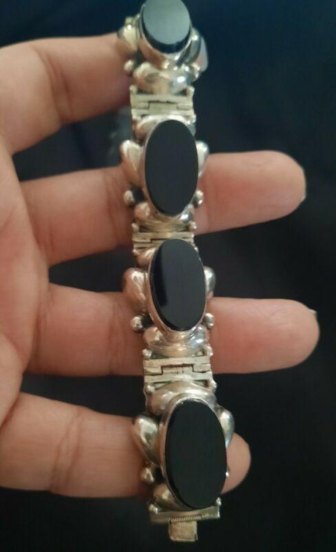 GORGEOUS! Pre-1948 Mexico Sterling Silver Onyx Bracelet 44 Grams!