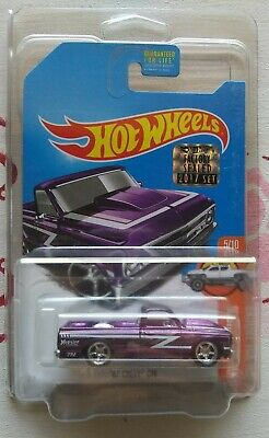 HOT WHEELS SUPER TREASURE HUNT 2017FACTORY SEALED SET  '67 CHEVY C10 in protecto