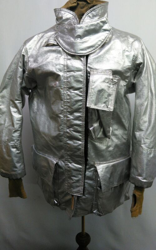 Globe Firefighter aluminized Proximity suit, jacket size   42 x 32  pre owned