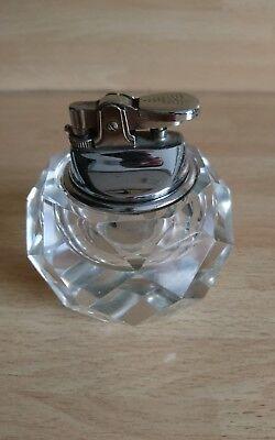 Altes geschiffenes Tischfeuerzeug Kristallglas 70ziger Kristall Glas