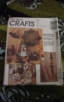 MCCALLS Crafts 3939 Halloween Christmas Fall Decorations Windsocks UNCUT (Halloween Decoration Crafts Adults)