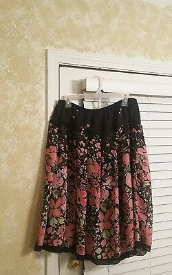 Women's Lined Floral Skirt ~ Multi Color Design ~ Elastic Waist ~ Size 14