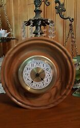 Round Wooden Desk Clock-BATTERY OPERATED-EUC