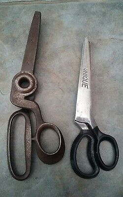 2 x PAIRS OF VINTAGE ANTIQUE PINKING SCISSORS BY TAILOR'S LUCK & UNIQUE MKII