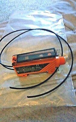 Efector 200 Photoelectric Sensor Ob5021 Obf-fpkgus Ifm Electronics