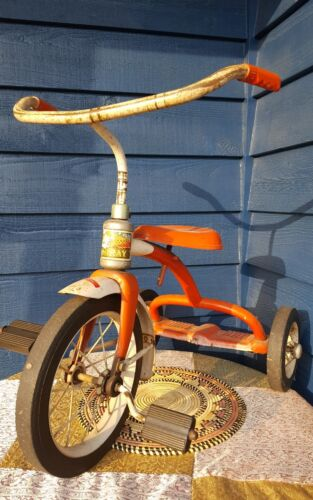 Vintage 1950s 1960s Murray Tricycle ride on pedal toy trike all original, works! (Used - 150 USD)