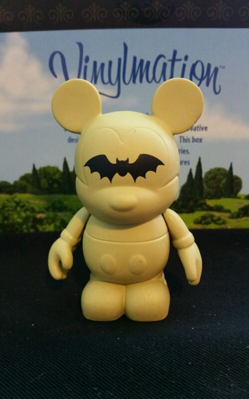 """DISNEY VINYLMATION Park - 3"""" Series 1 Holiday Set  Halloween Bat"""